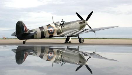 Spitfire pleasure flights